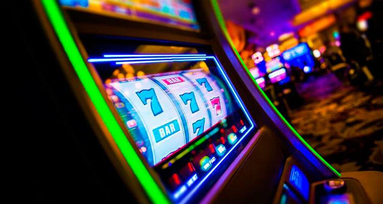 Какие игровые автоматы онлайн лучше? Как не ошибиться? Критерии выбора